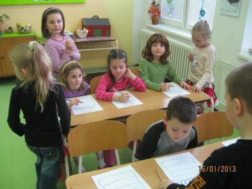 Školka ve škole 2013