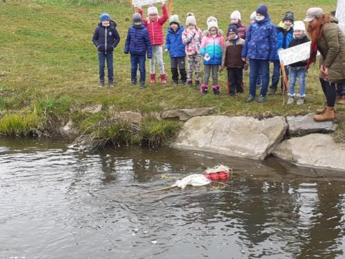 vhození Morany do řeky